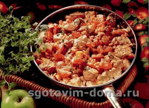 Ароматное жаркое из свинины, блюда на сковороде