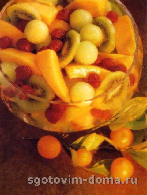 fruktovyi_salat_s_portveinom_2.jpg