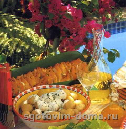 goryachii_kartofelnyi_salat_s_perechnoi_myatoi_2.jpg