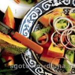 Летний салат из дыни