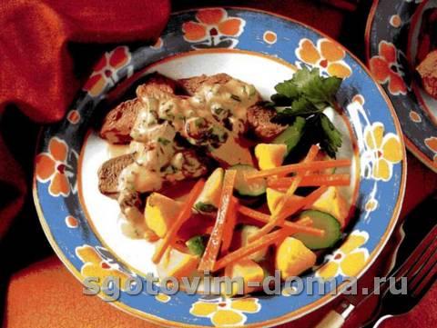 Острое филе баранины под соусом с изюмом