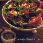 Салат из шпината с беконом
