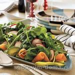 Салат с копченым лососем (семгой)