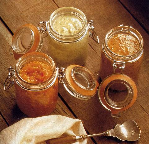 Апельсиново-смородиновый соус