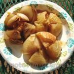 Печеный лук с бальзамическим соусом, розмарином и тимьяном