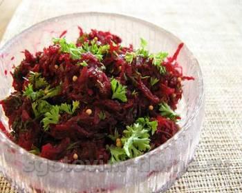 Салат свекольный с черносливом