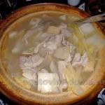 Суп из молодой капусты со свининой