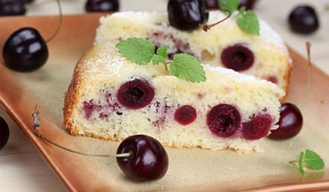 Быстрый вишневый торт