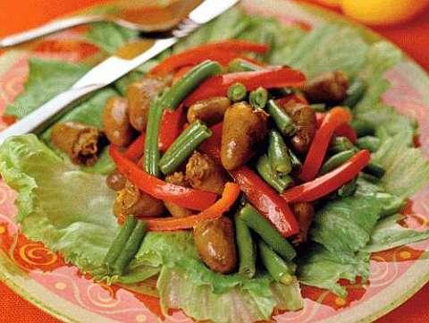 Салат из куриной печени и фасоли рецепт